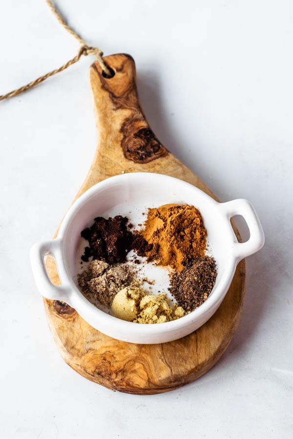 pumpkin spice: ground cloves, ground ginger, ground nutmeg, ground allspice, ground cinnamon