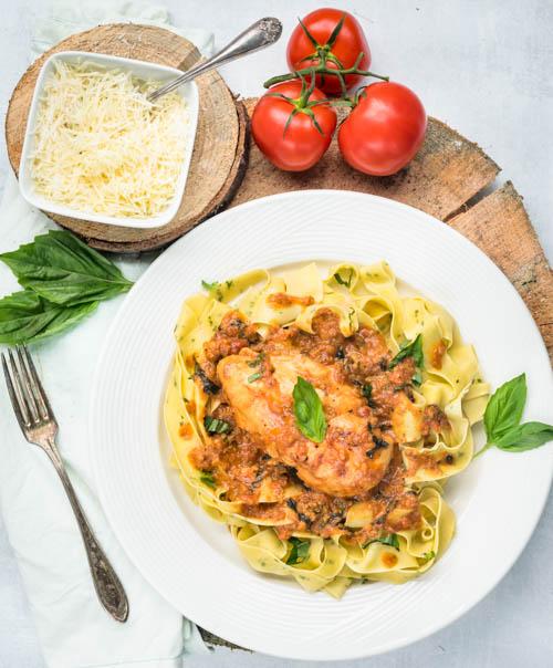 fresh basil pasta with chicken