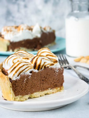 chocolate meringue pie