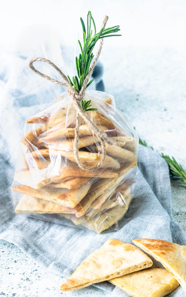 Rosemary Pita chips