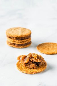 Vegan Cookie Sandwiches