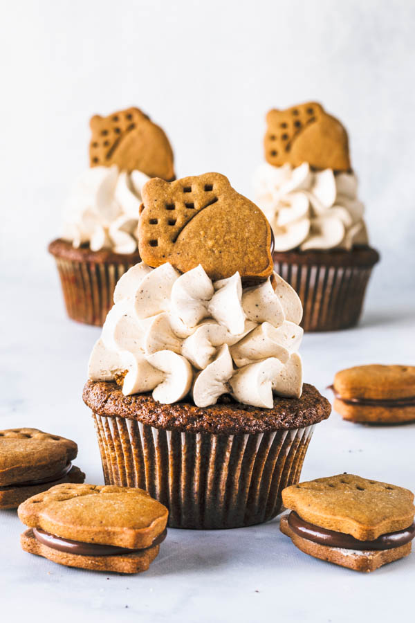 Nutella Gingerbread Cupcakes