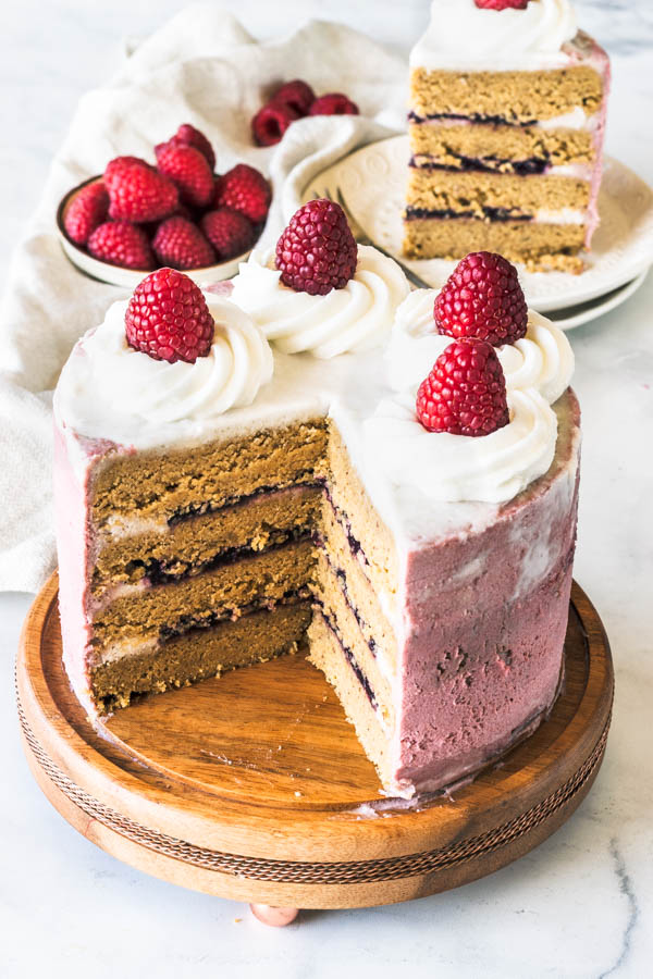 Raspberry Vegan Cake