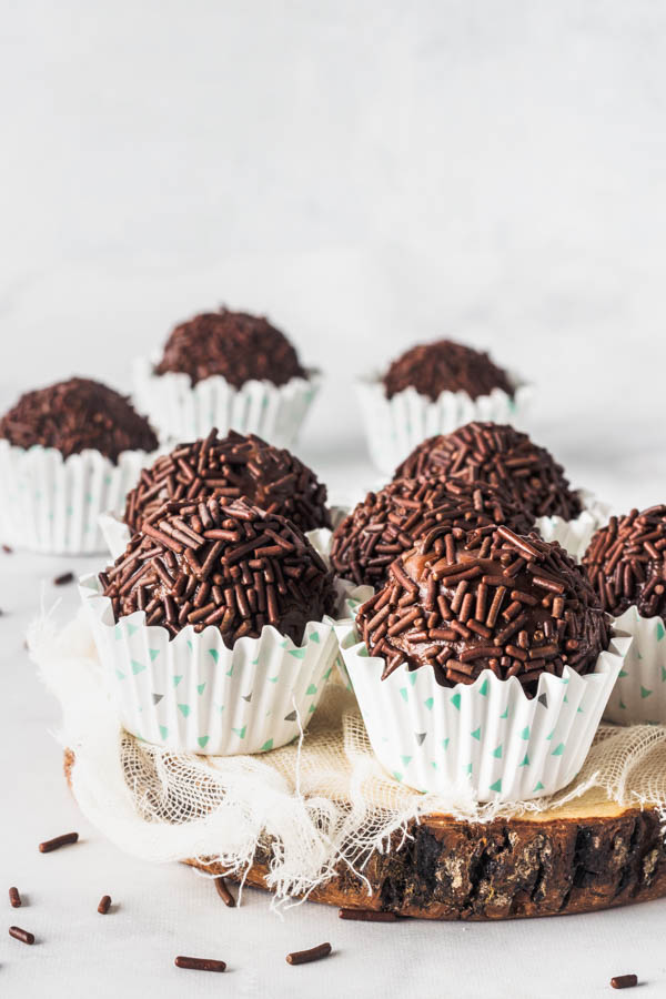 Vegan Brigadeiros Vegan Truffles Pies And Tacos