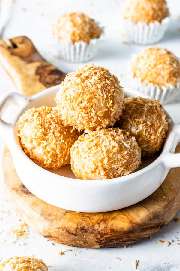 Coconut Fudge, coconut truffles made with condensed milk coated in coconut flakes