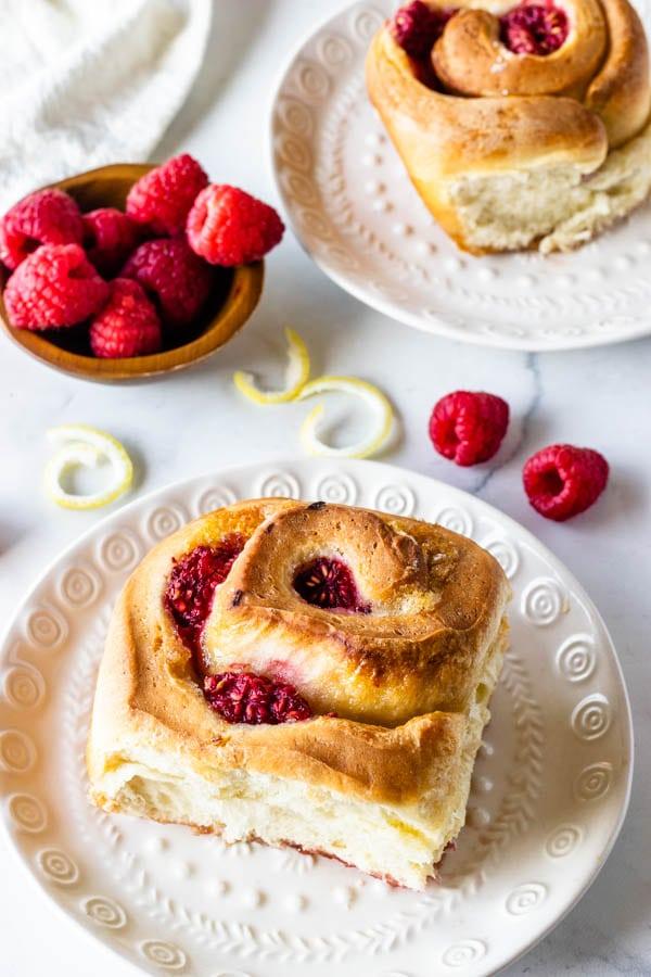 lemon raspberry sweet rolls
