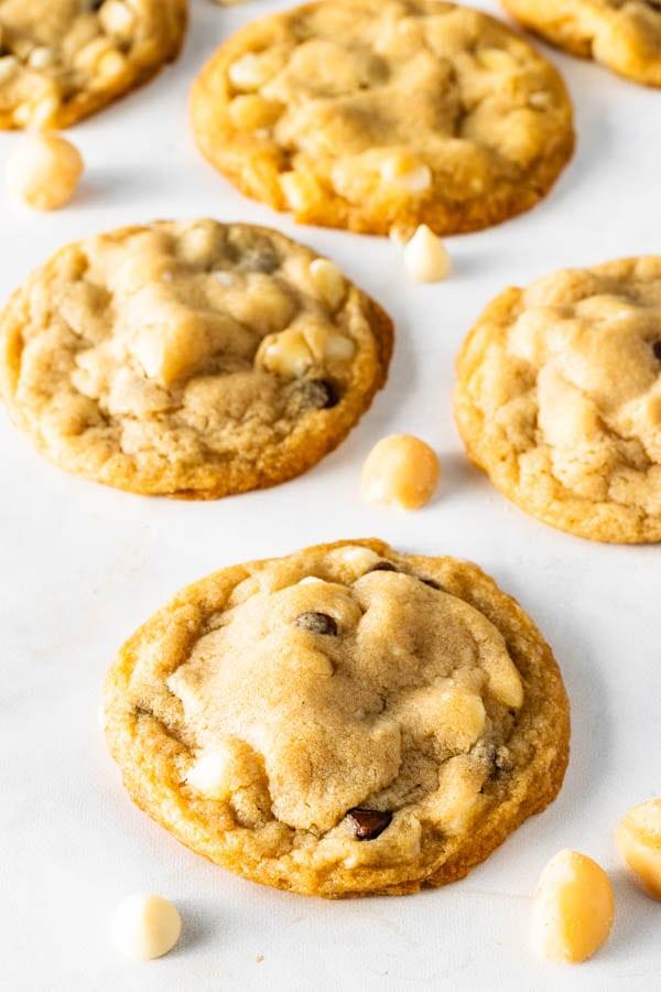Vegan White Chocolate Macadamia Cookies