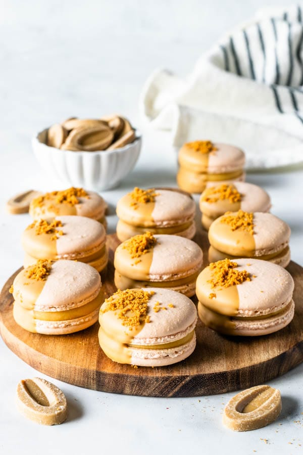 Caramelized White Chocolate Macarons
