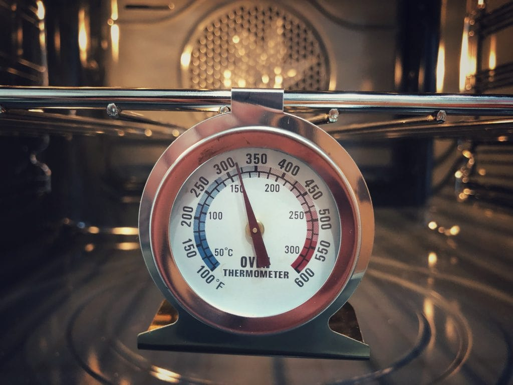 picture of an oven thermometer