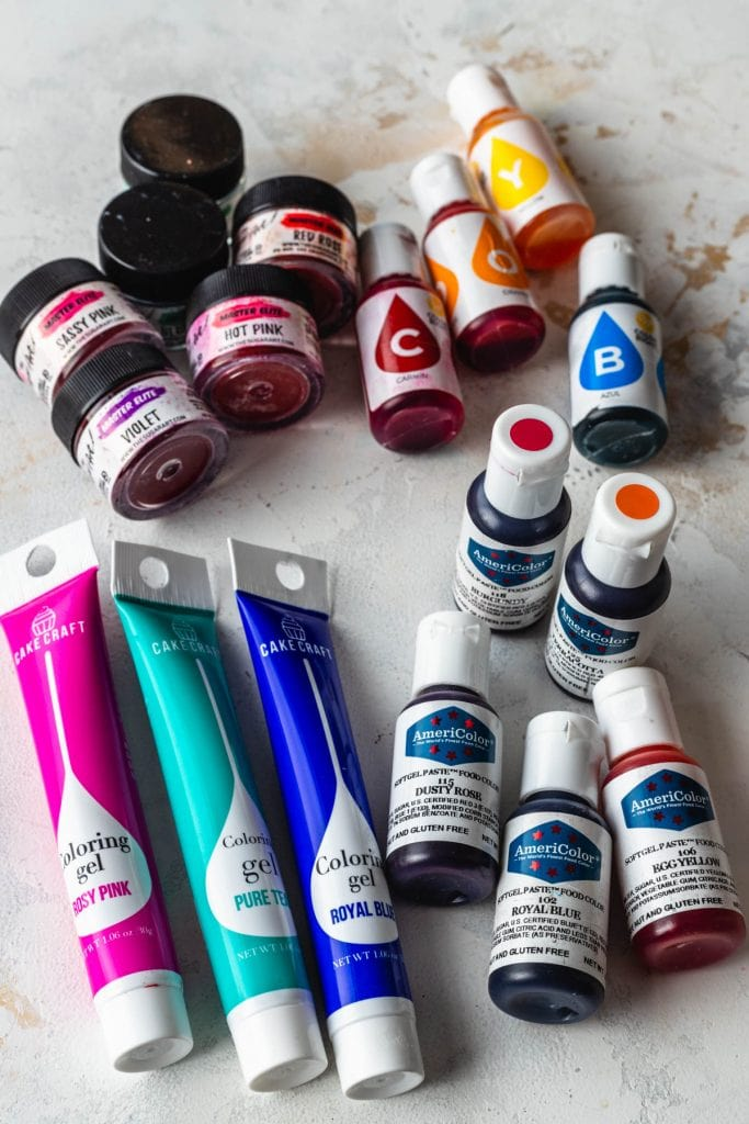 different brands of food coloring, americolor, sugar art, wilton and cake craft.